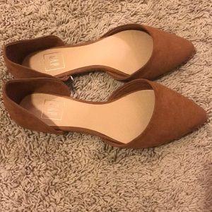 Flats- GAP camel color flats size:7.5. Never worn
